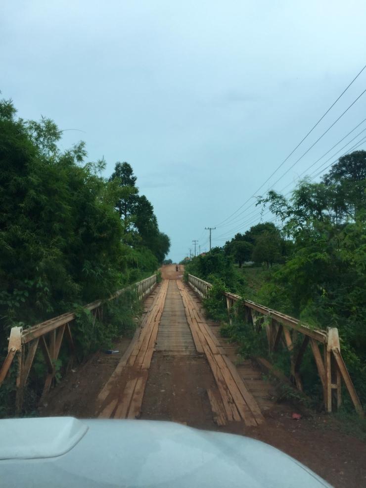 Denne broa ble bygget under den franske kolonitiden